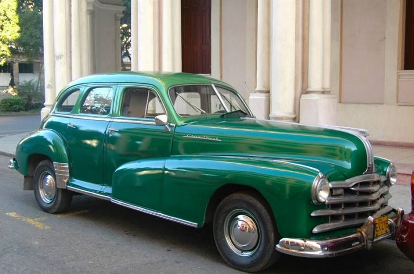 Vintage car in Cuba by John Lenihan