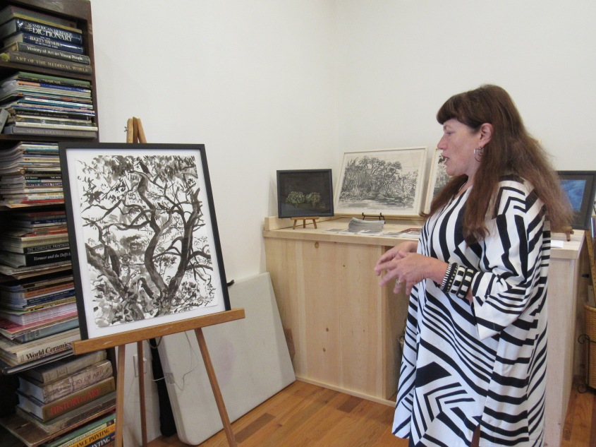Gail Freund Shows During the AMR Art Tour in 2018. Photo Credit Simona David